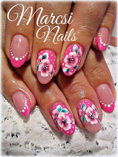 Pink flower nail art/ Pink gel polish/ Rózsaszín gél lakk