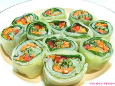 양배추깻잎롤 #반찬 Korean Dishes, Korean Food, A Food, Food And Drink, Vegetarian Recipes, Healthy Recipes, Keto Meal Plan, Light Recipes, Food Design