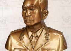 Tượng đồng Đại Tướng Võ Nguyên Giáp bán thân cao 42cm