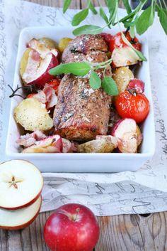 Helstekt fläskfilé, potatis, äpplen och grönsaker. Allt i samma form och maten sköter sig själv i ugnen. Kan det bli bättre?