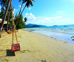 Koh Chang is Thailand's Island paradise. You can still discover secluded white sandy beaches, clear blue water a tropic rain forest in this divers paradise.