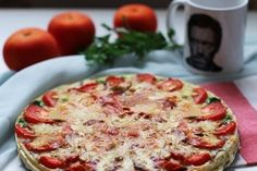 Quiche with mushrooms and tomatoes