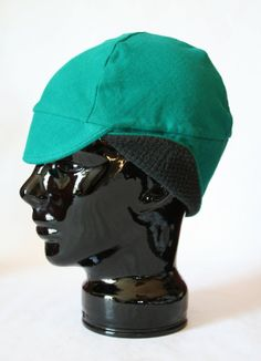 Even though it was nice outside today. The temperature really dropped as sunset approached. I could've used this hat to keep the chilly wind out of my ears. │KoziePrery Teal Winter Bike Hat (L) of Recycled Cotton Knit Cycle Chic, Riding Helmets, Ears, Recycling, Bike, Sunset, Knitting, Trending Outfits, Winter