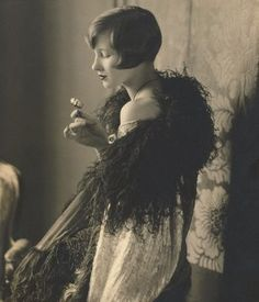 1920s...the perfectly arranged coif for a flapper girl of style.
