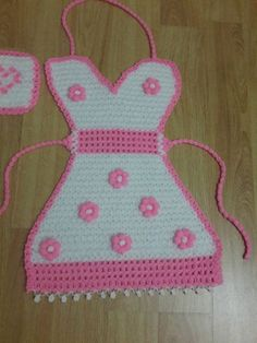 This Pin was discovered by Gül Baby Knitting Patterns, Baby Patterns, Crochet Patterns, Woolen Craft, Washing Clothes, Crochet Clothes, Tea Towels, Crochet Stitches, Crochet Baby