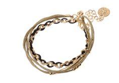 Bracelet chaîne Majique  Cordelette noire et beige Piece/médaillon dorée Finition dorée Longueur réglable http://www.majiquejewellery.fr/summer-2014-collection/bracelets/fb32223-61636.aspx