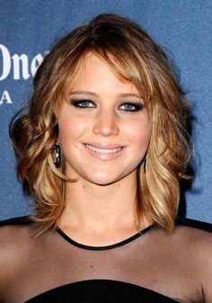 Hair how-to: Jennifer Lawrence's new tousled bob hairstyle in ...