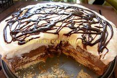 Φτιάξτε την όλοι !!! Είναι φανταστική πανεύκολη γρήγορη και σχετικά οικονομική για ολόκληρη τούρτα !!! Θα χρειαστούμε 1 πακέτο μπισκότα πτι μπέρ 1 κυπελάκι βιτάμ 4 φλιτζάνια τσαγιού φρέσκο γάλα 7 κουταλιές σούπας ζάχαρη 7 κουταλιές σούπας κορν φλάουρ 1 σοκολάτα κουβερτούρα 2 Jello Recipes, Greek Recipes, Mexican Food Recipes, Cake Recipes, Dessert Recipes, Just Desserts, Delicious Desserts, Yummy Food, Tasty