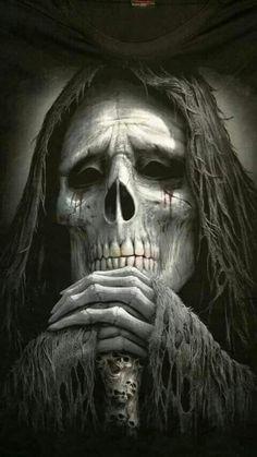 Reaper you look tired ,can I have your job .I'll years before the sythe ✌🇬🇧 Grim Reaper Art, Grim Reaper Tattoo, Skull Tattoos, Body Art Tattoos, Dark Fantasy Art, Dark Art, Totenkopf Tattoos, Skull Pictures, Airbrush Art