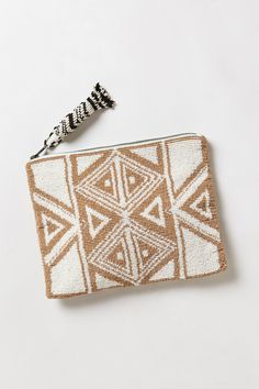 b-undt:  inesbwolf:  Geo Beaded Pouch | Anthropologie  罪人 + 情人