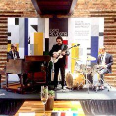 #hammondgrooves #jazz #organtrio #hammondb3 #hammondorgan #lesliespeaker #vintageinstrument #fenderamplifier #voxguitars #zildjiancymbals #eventos #shows #exporevestir #ronmueck #sparklingwine #souljazz #groove #sonsdobrasil #jazzbrunch #guitar #drums #bateria #guitarra #jazztrio #organjazz #cultura #sampashows #musica