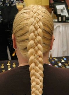 I love doing more than the typical 3 strand braid so this one has my full attention.  It's gorgeous too!