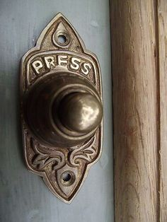 Traditional Victorian Old Style Brass Door Bell - from a time when we had to go to the door to answer it. Nowadays, it is possible to release the door from another room at your home or office, with the correct product of course. Victorian Front Doors, Victorian Decor, Victorian Homes, Victorian Era, Modern Victorian, Door Knobs And Knockers, Ring My Bell, Door Furniture, Old Doors