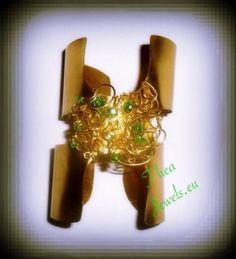 Βραχιόλι με μέταλλο. Bracelets, Bracelet, Arm Bracelets, Bangle, Bangles, Anklets