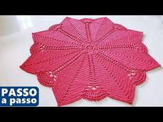 TAPETE ou CENTRO de mesa em crochê passo a passo | Fácil adaptar para o tamanho que você precisa - YouTube Filet Crochet, Crochet Doilies, Crochet Top, Crochet Hats, Samuel Ramos, Crochet Circles, Needle Lace, Crochet Videos, Diy And Crafts