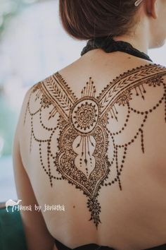 Large Natural Henna / Mehndi on back for Matric Farewell / Matric Dance . Henna by Jorietha Cool Henna Designs, Henna Tattoo Designs, Henna Party, Sexy Tattoos For Girls, Girl Tattoos, Moroccan Henna, Hand Mehndi, Natural Henna, Bridal Henna