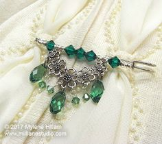 A shawl pin is a great accessory to wear as a brooch or a kilt pin. Or, use it to secure a scarf or fasten a shawl. This one is perfect for St Patrick's Day!