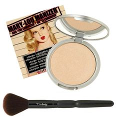 This highlighter, shadow and shimmer diffuses light so your skin looks softer and younger while adding a subtle glow