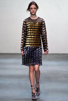 Christopher Kane Fall 2009 Ready-to-Wear Fashion Show - Imogen Morris Clarke