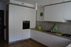 sufit podwieszany w kuchni nad szafkami - Szukaj w Google Kitchen Dining, Kitchen Cabinets, Dining Room, Inspiration, Design, Home Decor, Google, Ideas, Living Room