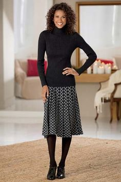 Houndstooth Sweater Knit Pleated Skirt | Chadwicks of Boston
