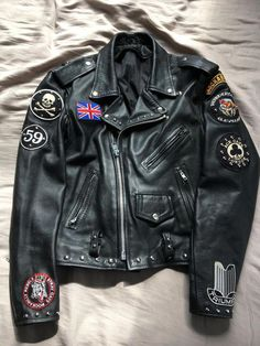 45 ideas for leather motorcycle jacket mens Vintage Leather Motorcycle Jacket, Motorcycle Boots Outfit, Motorcycle Suit, Men's Leather Jacket, Biker Leather, Motorcycle Accessories, Leather Jackets, Rock Style Men, Biker Style