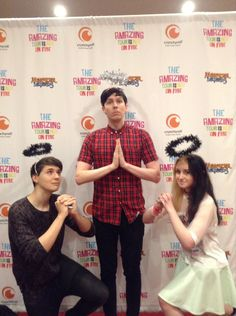 Awwwwww... i love how Phil is in the middle because he seriously is a sweet lil angel