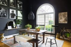 """""""The Bachelorette"""" couple Kaitlyn Bristowe and Shawn Booth partnered with Decorist and Cost Plus World Market to redesign their new home in Nashville, TN. Black Rooms, Black Walls, Shawn Booth, Kaitlyn Bristowe, Shabby, 2020 Design, Winter Colors, Elle Decor, Interiores Design"""