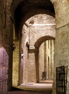 Perugia, Rocca Paolina, im Jh. zerstörte Bauen der Baglioni (buildings of the Baglioni destroyed in the century) Pope Paul Iii, Umbria Italy, Old Street, Chiaroscuro, 16th Century, Rome, Building, Places, Leo