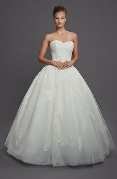 Sweetheart Princess/Ball Gown Wedding Dress  with Natural Waist in Tulle. Bridal Gown Style Number:32781536