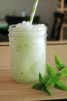 Easy Virgin Mojito Mocktail www.bluebonnetsandbrownies.com