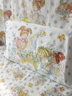 Vintage Cabbage Patch Kids Twin Sheet Set by NostalgiaMama on Etsy. $14.00, via Etsy.  Had this very set!  Loved this very set, too.  (sigh)