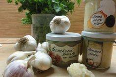 Jak udělat domácí česnekovou pastu | recept Poses, Viera, Garlic, Food And Drink, Dairy, Cheese, Chicken, Meat, Vegetables