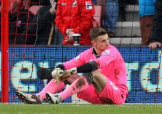 Stoke holds Arsenal to 0-0 draw in Premier League #: ...