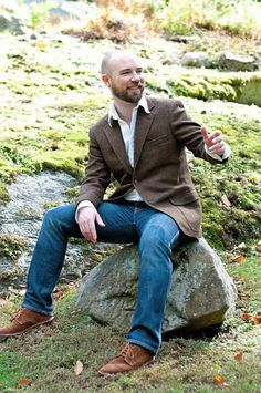 Brown Men's Shoes to Wear with Jeans | What to Wear With Suede Shoes