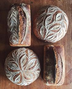 Fermented Sourdough Bread Recipe - Deliciously Organic Making a loaf of fermented sourdough bread can often seem incredibly intimidating, so I hope I can take the fear out of it for you. Artisan Bread Recipes, Sourdough Recipes, Organic Bread Recipe, Fermented Bread, Fermented Foods, Artisan Boulanger, Bread Art, How To Make Bread, Bagel Pizza
