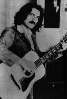 Belchior - talvez o melhor compositor do Brasil, gênio.