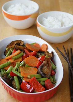 COMIDINHAS       FÁCEIS: Cozido de legumes com shitake