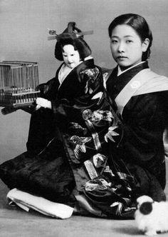 Kiritake Masako 桐竹政子, Bunraku Master - Osaka, Japan - 1930s