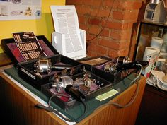 Table of vibrators