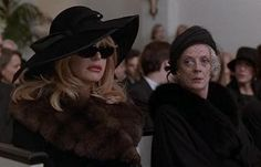 """Elise ( Goldie Hawn ) attends a funeral in a fabulous coat and hat """"The First Wives Club"""", 1996 The First Wives Club, Laura Palmer, Maggie Smith, Bette Midler, Goldie Hawn, Chick Flicks, Film Aesthetic, Kentucky Derby Hats, Iconic Movies"""