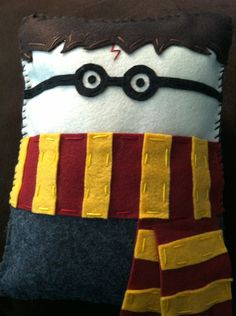 Harry Potter Felt Pillow! YES!