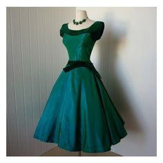 1950's Clothes / 1950's dress via Polyvore I so love this dress!! I want one just like it!!