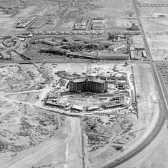circa 1965 Caesars Palace Places To Travel, Places To See, Lost Vegas, Las Vegas Photos, Caesars Palace, Casino Hotel, Family Destinations, Las Vegas Nevada, Historia