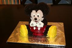 Mickey Mouse cake. It took a long time but it was fun to make. Again I had a problem with the red...but it turned out ok.