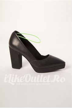 Pantofi negri cu platforma - COS Pumps, Heels, Cos, Character Shoes, Dance Shoes, Fashion, Heel, Dancing Shoes, Moda