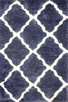 The shag rug has an amazing plush feel and works well for all kinds of décor. The combination of polypropylene and polyester along with geometric Moroccan pattern makes this machine-made shag rug, a winner.
