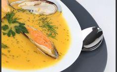 Άσπρη σούπα με οστρακοειδή A Feast For Crows, Larder, Thai Red Curry, Food Porn, Rolls, Food And Drink, Cooking, Ethnic Recipes