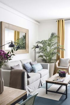 Cheap Home Decorating Sites Mirror Decor Living Room, Living Room Sets, Home Living Room, Living Room Designs, French Home Decor, Indian Home Decor, Diy Home Decor, Interior Rugs, Interior Design