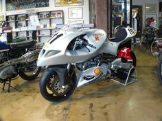 The Hunwick Hallam X1R on debut at the 1997 round of the WSBK at Phillip Island. This was the 1000cc Superbike version of the concept. 1100/...